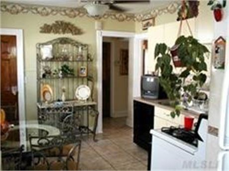 Ranch house full updated ready to move exclusive in mineola LOW TAXES.