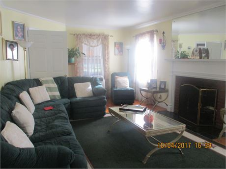 Full house for rent in mineola 4 br included finished bsmt ,garage .
