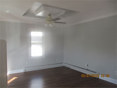great apt for rent in elmont great location